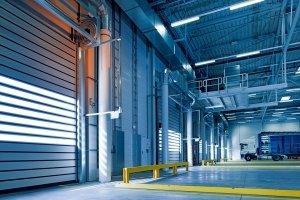 led lijnverlichting in bedrijfshal