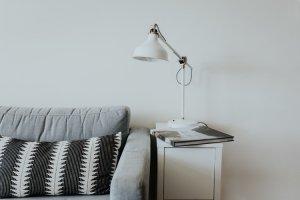 foto van een tafellamp