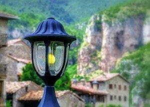 foto van tuinpad verlichting